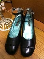 アンクルストラップの上品な、ここぞの勝負靴です♪
