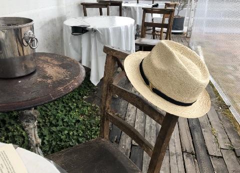 帽子はホヤホヤの試作品です